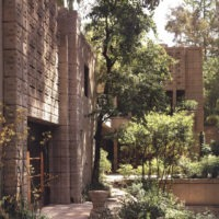 Designtel - Millard House, Frank Lloyd Wright