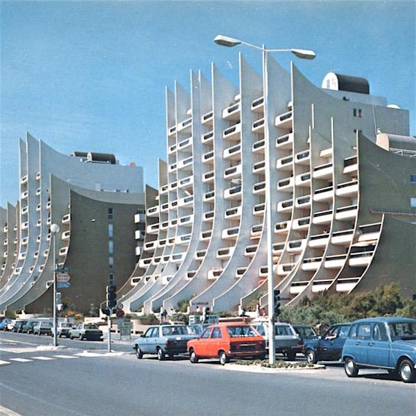 Designtel - The Wave Building, Pierre Doucet