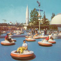 Designtel - Tomorrowland Flying Saucers, Disney