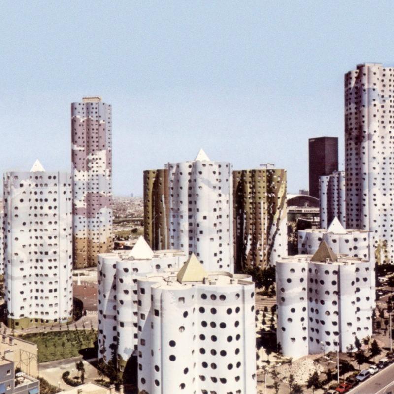 Designtel - Aillaud 'Cloud' Towers, Emile Aillaud c. 1976